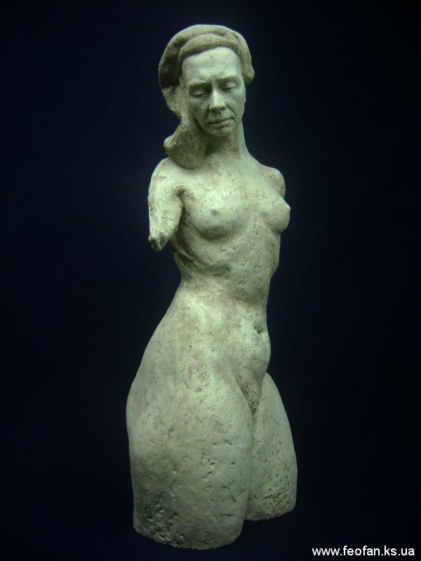 Импрессия Персеиды. Искусственный камень. Н-47см. 2001г.