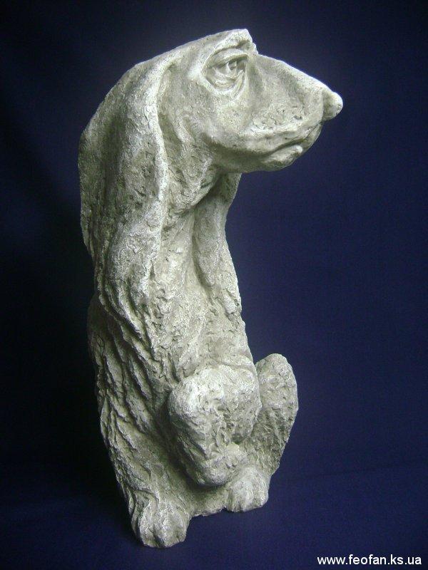 Ожидание. Басет. Искусственный камень. Н-21см. 2004г.