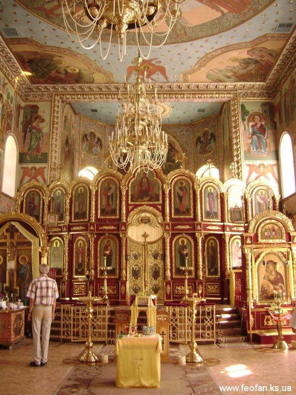 Иконостас и Киоты в интерьере церкви Св.Марии Магдалины. г.Одесса. Н-6м.х12м.
